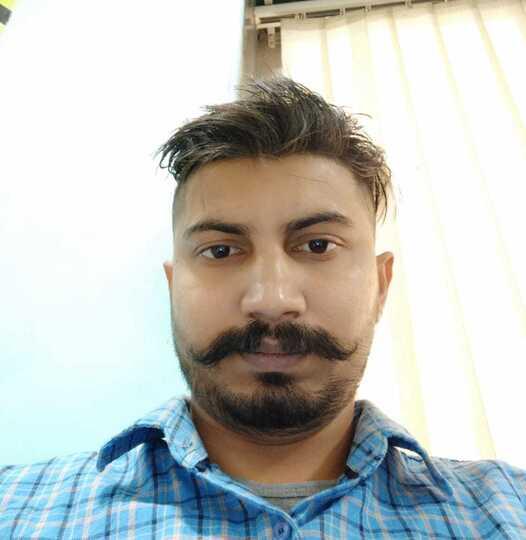 the best Sr. Frontend Developer in Hachiweb company dehradun